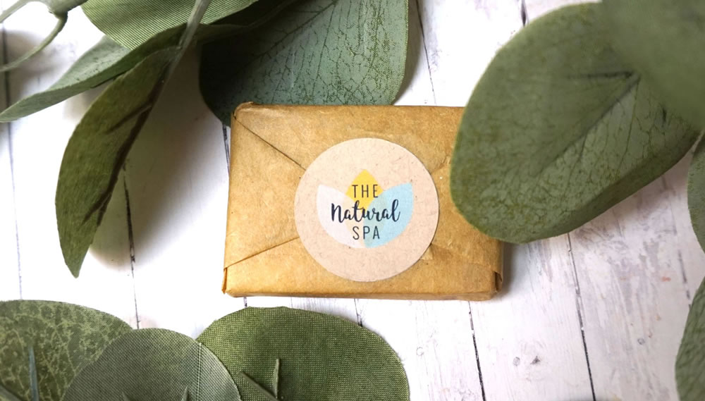 The Natural Spa, Eves Garden Mini Soap Bar Travel Size, 15g